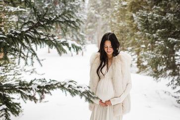 snowy breckenridge, colorado maternity photography