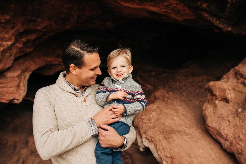 Red rocks family photography, colorado family photographer, family photographer