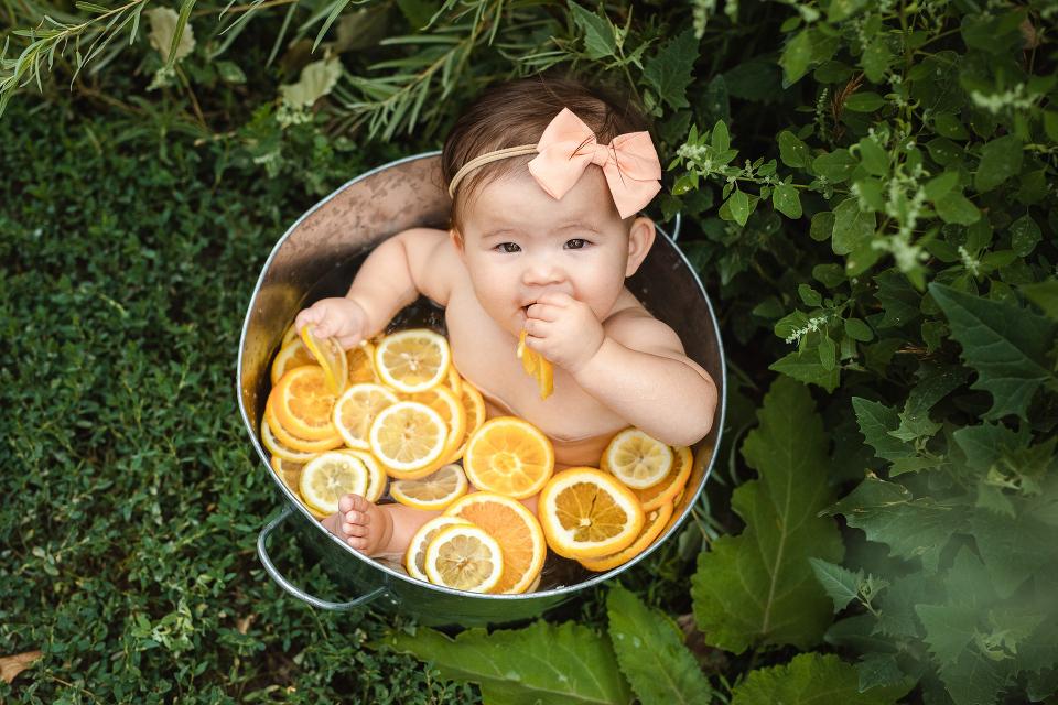 fruit bath, 9 month baby photos, milestone photography, citrus fruit bath