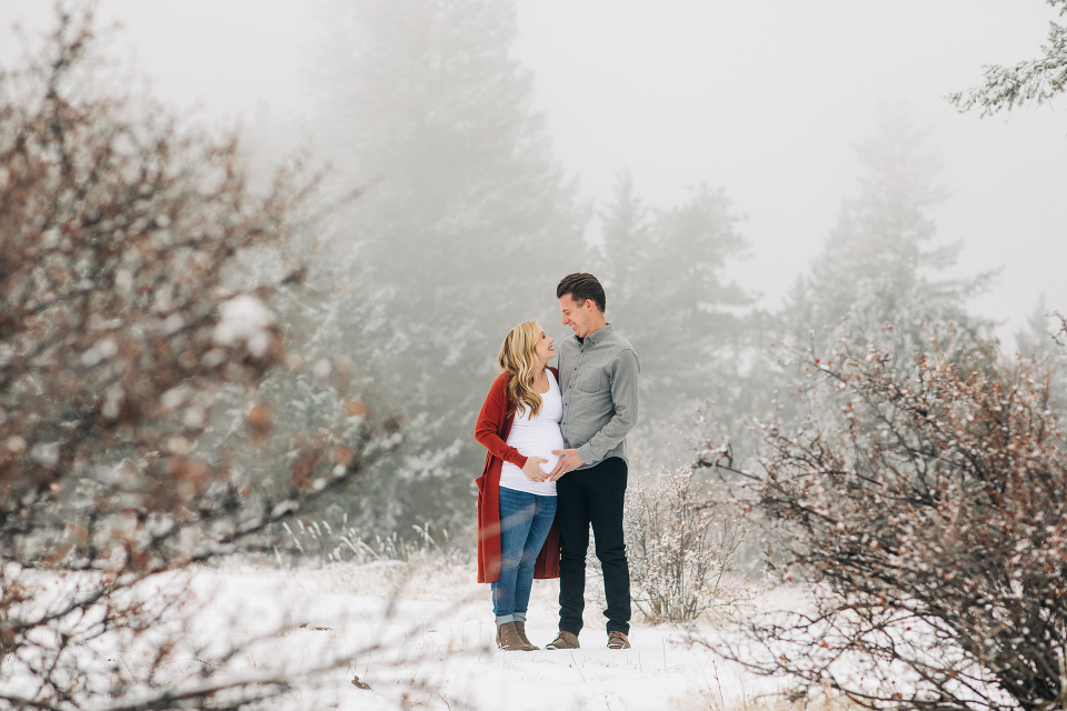 Winter maternity photos with pop of red