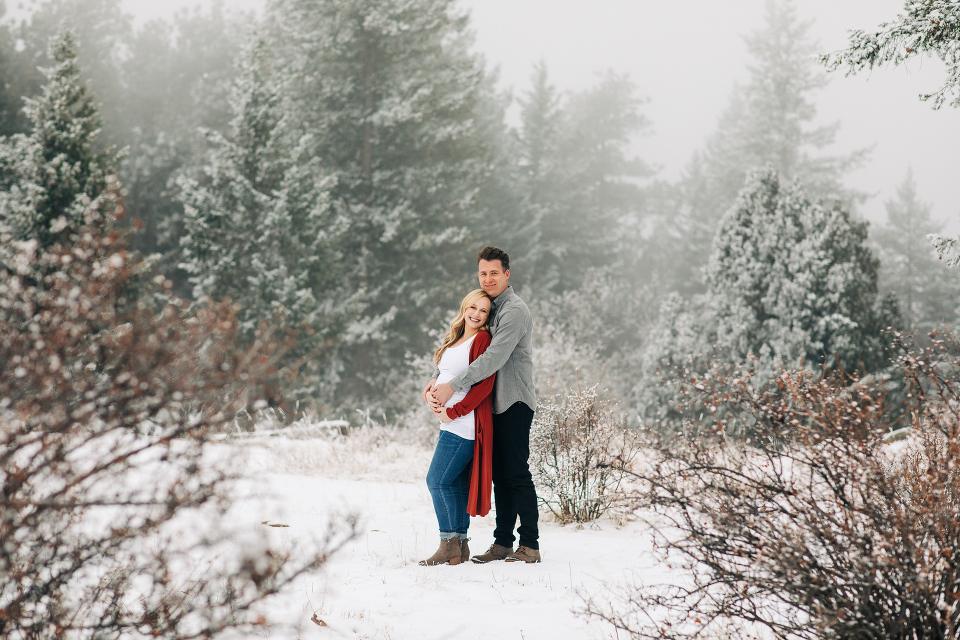 Winter wonderland maternity photos